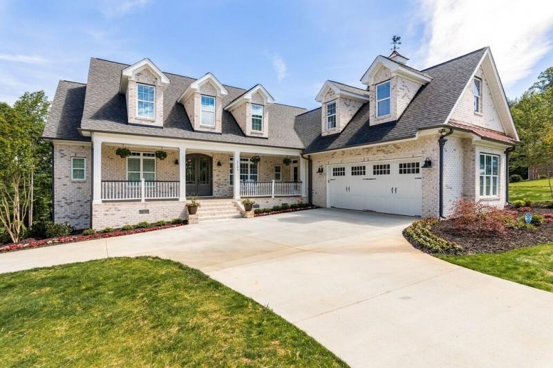 Hanover Pointe House Plan Photo