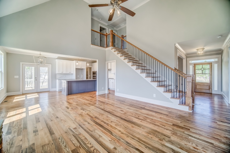 Huntington Ridge (c) House Plan Photo